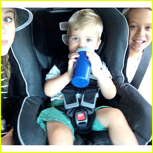 Reese Witherspoon's Kids Celebrate National Siblings Day!