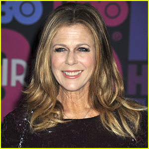 Rita Wilson Diagnosed with Breast Cancer, Has Double Mastectomy & Reconstructive Surgery