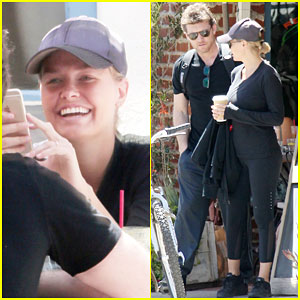 Sam Worthington & Lara Bingle Step Out Together for the First Time Since Welcoming Baby Boy