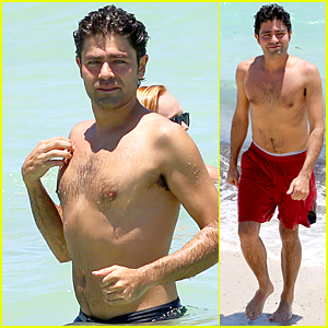 Shirtless Adrian Grenier Hits Miami Beach Before 'Entourage' Press Tour