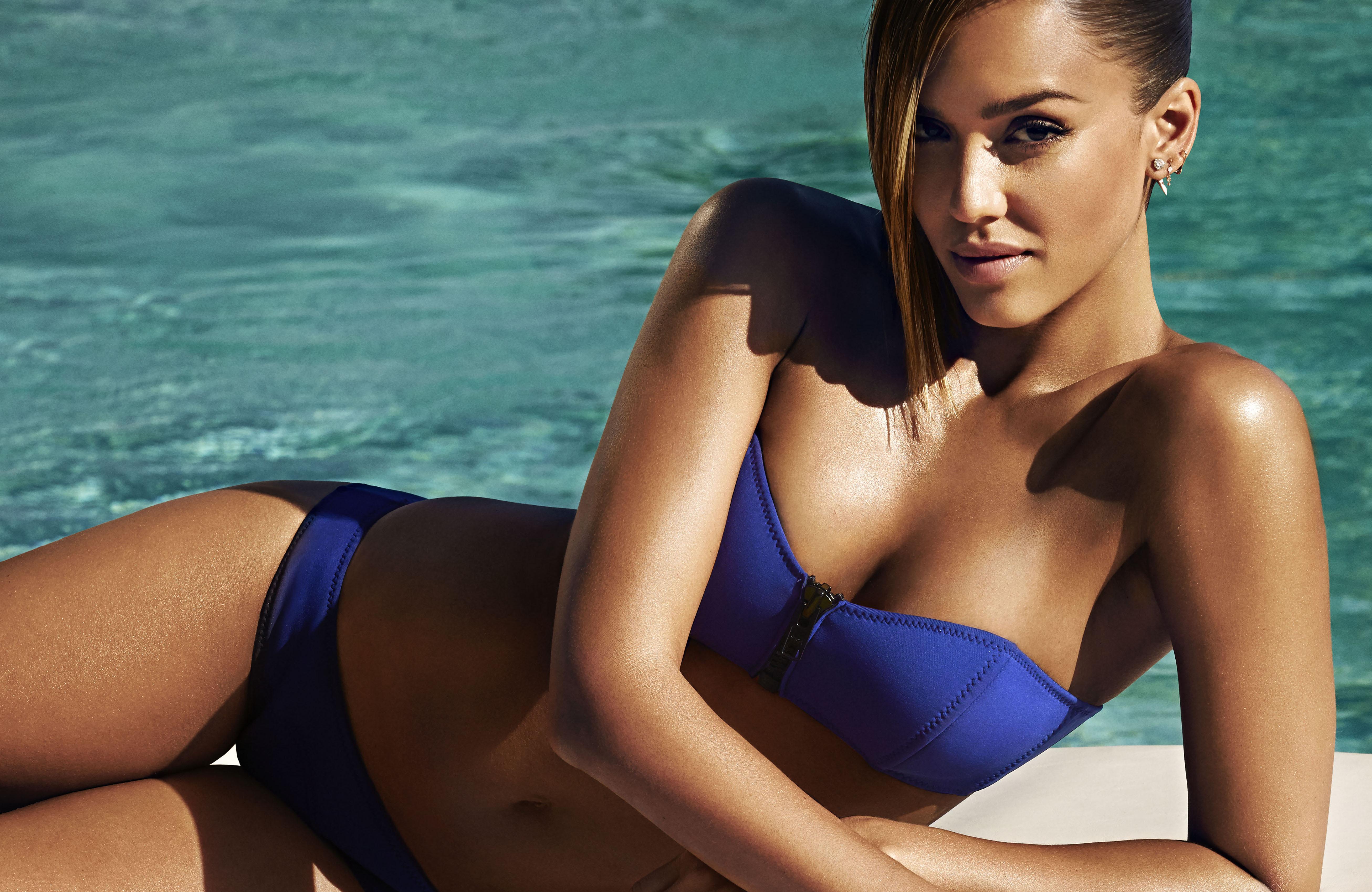 Body In Bikini 38