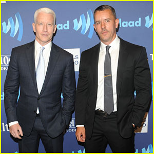 Anderson Cooper Walks the Red Carpet With Boyfriend Benjamin Maisani