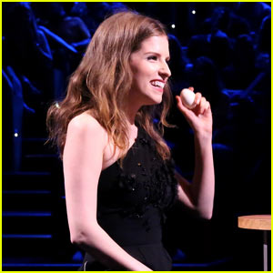 Anna Kendrick Plays Egg Russian Roulette on 'Fallon' (Video)