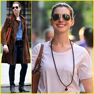 Anne Hathaway Shows Off Her Big Smile in NYC
