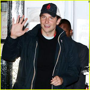 Bradley Cooper Loves Emma Stone's 'Reptilian' Eyes