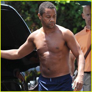 Cuba Gooding Jr. Goes Shirtless as O.J. Simpson for 'American Crime Story' Filming With John Travolta