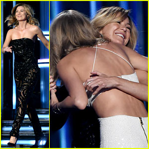 Ellen Pompeo Rocks a Jumpsuit at Billboard Awards 2015