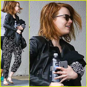 Emma Stone Gets Major Praise from Vogue's Anna Wintour!