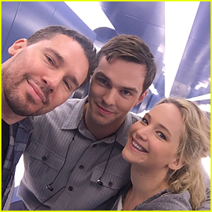 Jennifer Lawrence & Ex Nicholas Hoult Reunite For 'X-Men: Apocaly