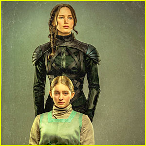 Jennifer Lawrence & Willow Shields Grab Our Attention in 'Hunger Games' Portrait