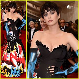 Katy Perry Shows Off Black Pixie Wig at Met Gala 2015