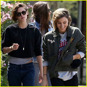 Kristen Stewart & Alicia Cargile Dine Out Together During Memorial Day Weekend