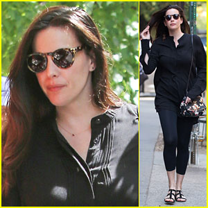 Liv Tyler Gets Busy With a Lunch Meeting in New York City