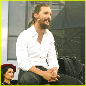 Matthew McConaughey Gives Encouraging Commencement Speech at University of Houston