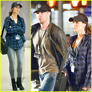 Megan Fox & Stephen Amell Wear Matching Caps on 'TMNT 2' Set