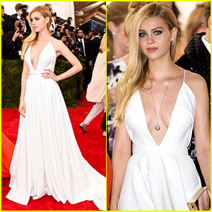 Nicola Peltz Was a Total 'Boss' on Met Gala 2015 Red Carpet