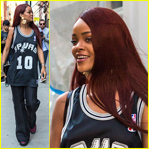 Rihanna Gets Some Shopping Done After Hitting the Studio With Drake
