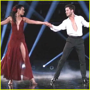 Rumer Willis & Val Chmerkovskiy Get Perfect Score For Rumba on DWTS