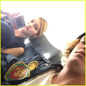 Exes Gigi Hadid & Cody Simpson Were Seated Next to Each Other on An Airplane