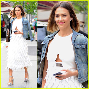 Jessica Alba Teams Up With Zico for #CrackLifeOpen Campaign