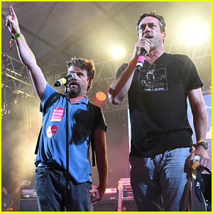Watch Jon Hamm & Zach Galifianakis Sing 'We Are the World' at Bonnaroo 2015 (Video)