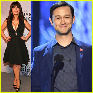 Joseph Gordon-Levitt Presents at Guys Choice Awards 2015