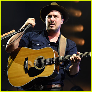 Marcus Mumford Performs at Bonnaroo After Pregnancy Reveal With Wife Carey Mulligan