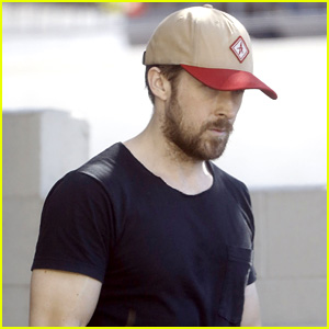 Ryan Gosling Continues to Look Hot in His Favorite Hat