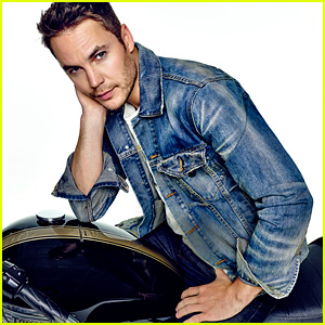 Taylor Kitsch on Sacrificing Love for Career: 'It's My Choice'