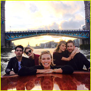 Taylor Swift & Calvin Harris Go Boating with Gigi Hadid, Joe Jonas & London Tour Guide Karlie Kloss!