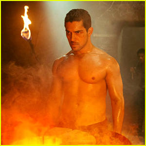 Wilmer Valderrama Shows Off Shirtless Body in New 'From Dusk Till Dawn' Season Two Still