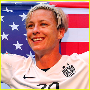 Watch Abby Wambach Kiss Her Wife After World Cup Win!