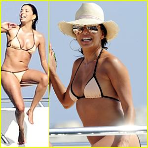 Eva Longoria Displays Her Amazing Bikini Body in Spain
