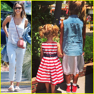 Jessica Alba Shows Off Daughters' Cute Fourth of July Outfits