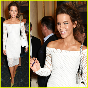 Kate Beckinsale Checks Out London's 'The Mentalists'