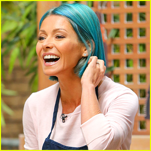 Kelly Ripa Debuts New Bright Blue Hair Color