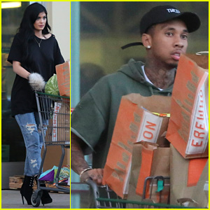 Kylie Jenner & Tyga Grab Groceries for Fourth of July Weekend