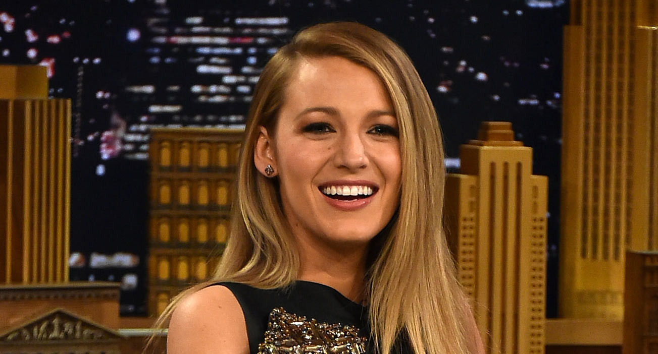 Blake Lively Goes Bronde See Her New Hair Color Blake Lively