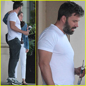 Ben Affleck Heads Back to LA With Jennifer Garner & Kids