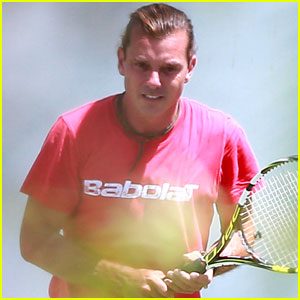Gavin Rossdale Plays Tennis Without Wedding Ring After Announcing Divorce From Gwen Stefani