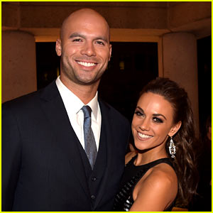 Jana Kramer Pregnant, Expecting Baby with Michael Caussin!
