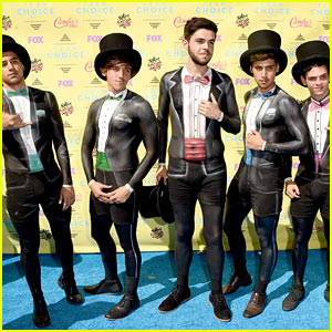 Janoskians Paint Their Suits On for Teen Choice Awards 2015
