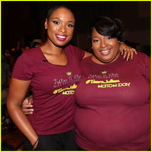 Jennifer Hudson Shows Off Newly Shaved Head at Charity Event