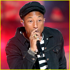 Pharrell Williams Performs 'Freedom' at MTV VMAs 2015 (Video)