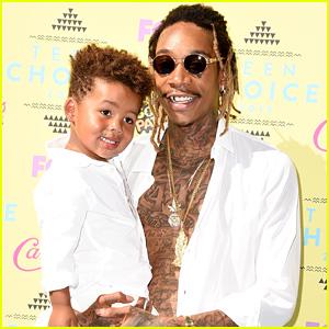 Wiz Khalifa Brings His Adorable Son Sebastian to the Teen Choice Awards 2015!
