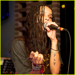 Zoe Kravitz's Band Lolawolf Play a Party During Lollapalooza!