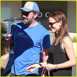 Ben Affleck & Jennifer Garner Look Happy Together on Family Outing