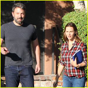 Ben Affleck & Jennifer Garner Visit th