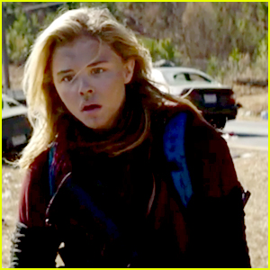 Chloe Moretz Runs From The Others In First '5th Wave' Trailer