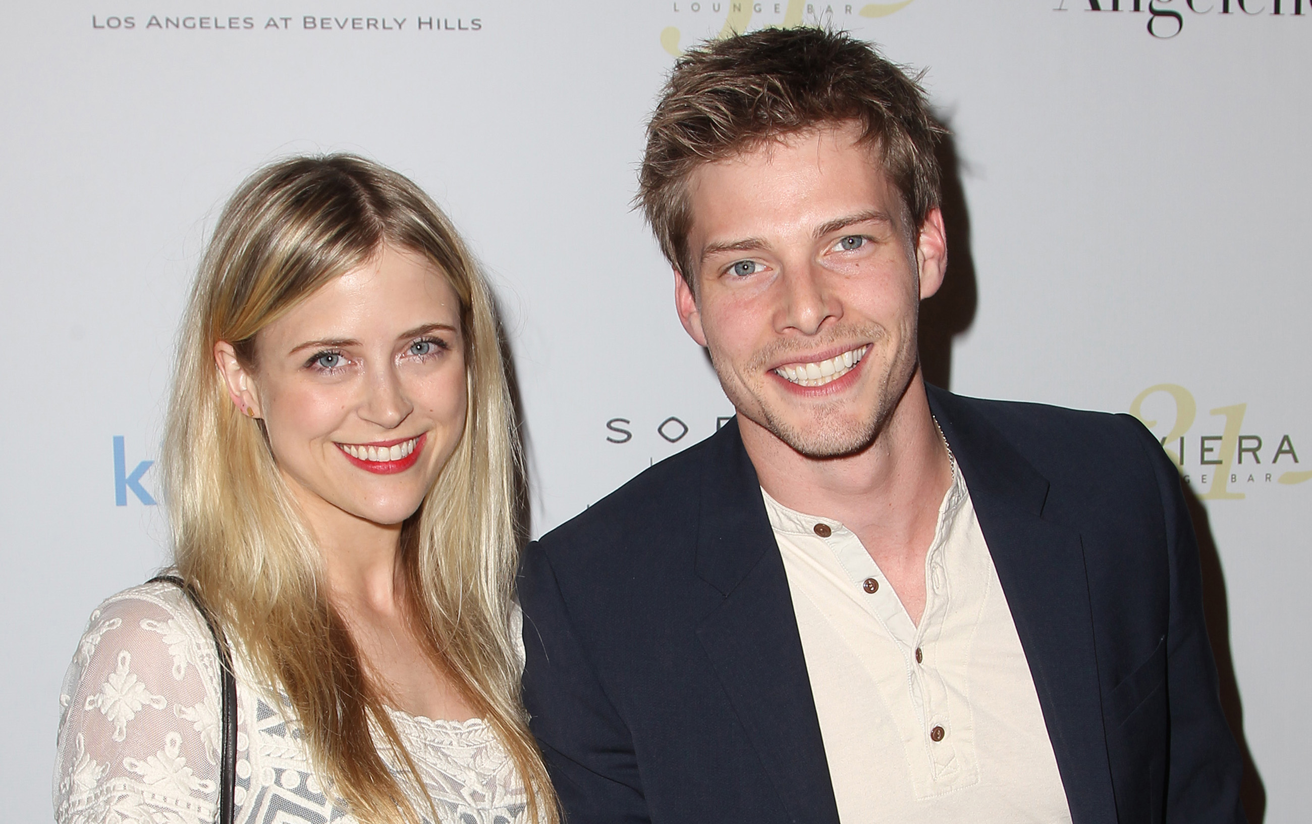 Hunter Parrish Dating Complete weeds' hunter parrish is married to kathryn wahl! | hunter parrish